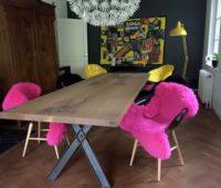 - Eichen Tisch mit Stahlbeinen 1 x 3 m