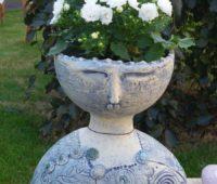 - Blumenfrau